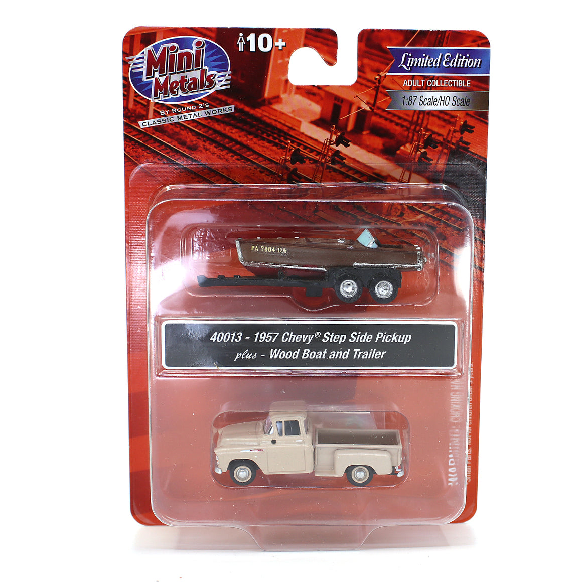 HO Scale: 1957 Chevrolet Stepside Pickup w/ Speedboat and Trailer