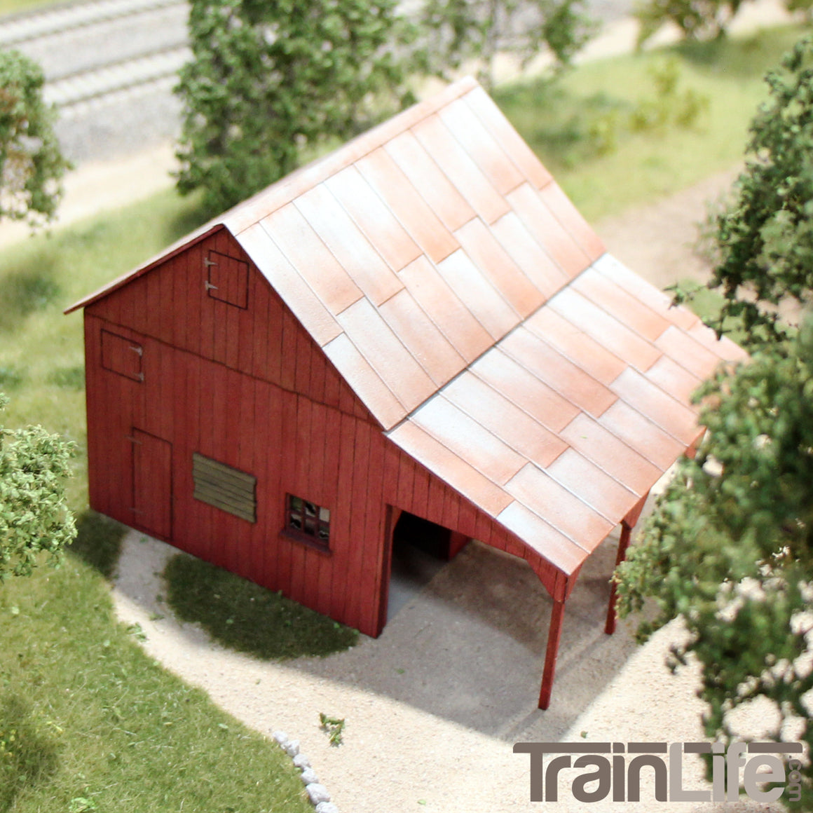HO Scale: Implement Barn & Corral
