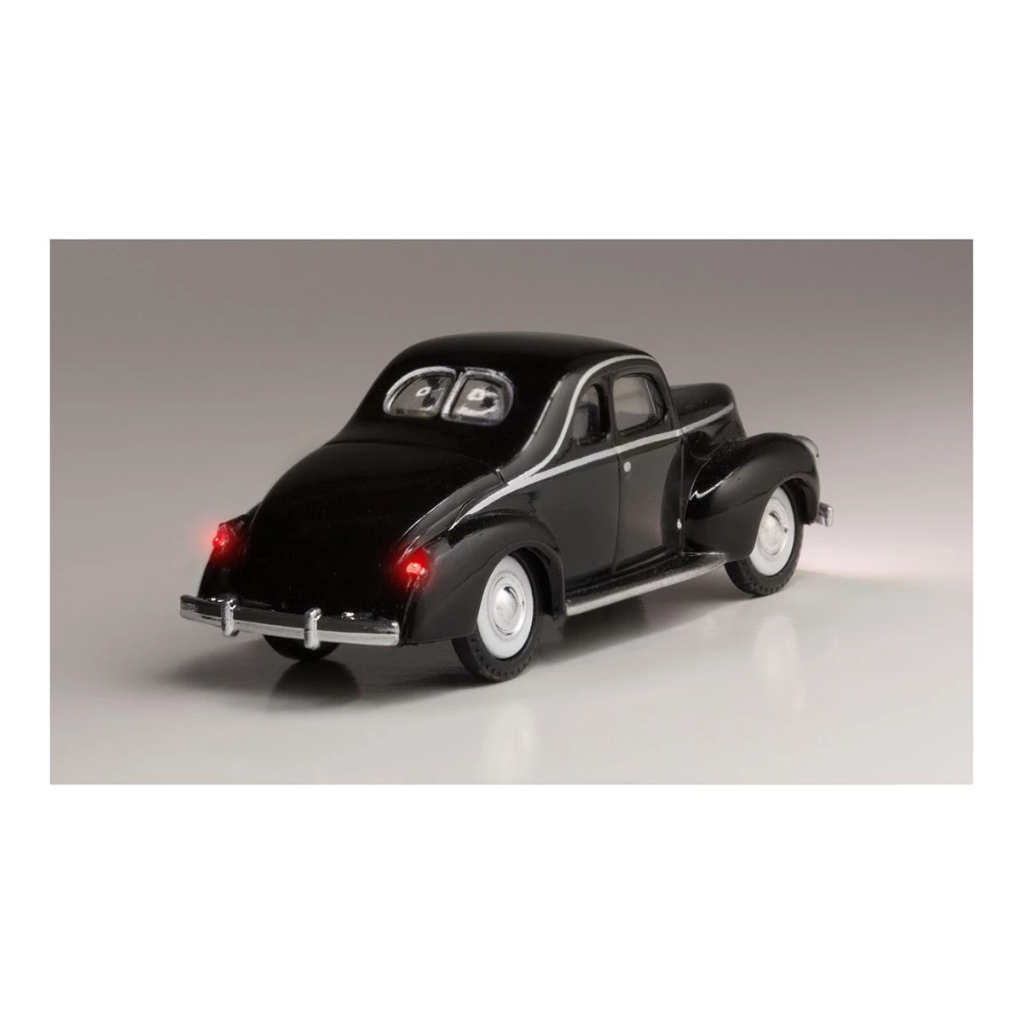 HO Scale: Just Plug® - Lighted Vehicle: Midnight Ride