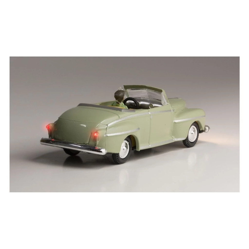 HO Scale: Just Plug® - Lighted Vehicle: Cool Convertible