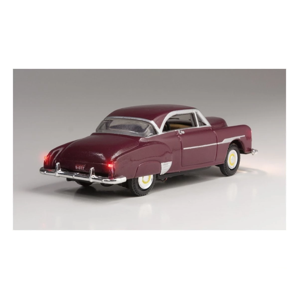 HO Scale: Just Plug® - Lighted Vehicle: Downtown Drive