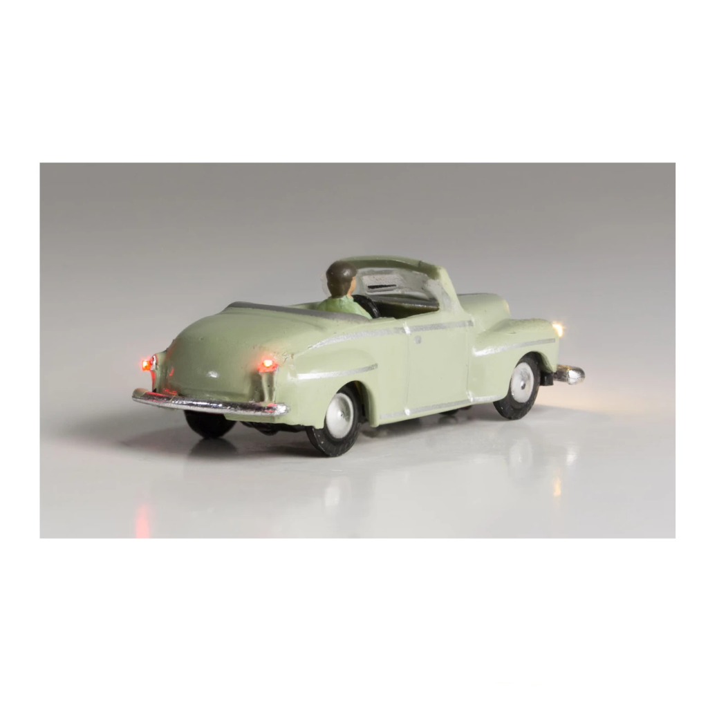N Scale: Just Plug® - Lighted Vehicle: Cool Convertible