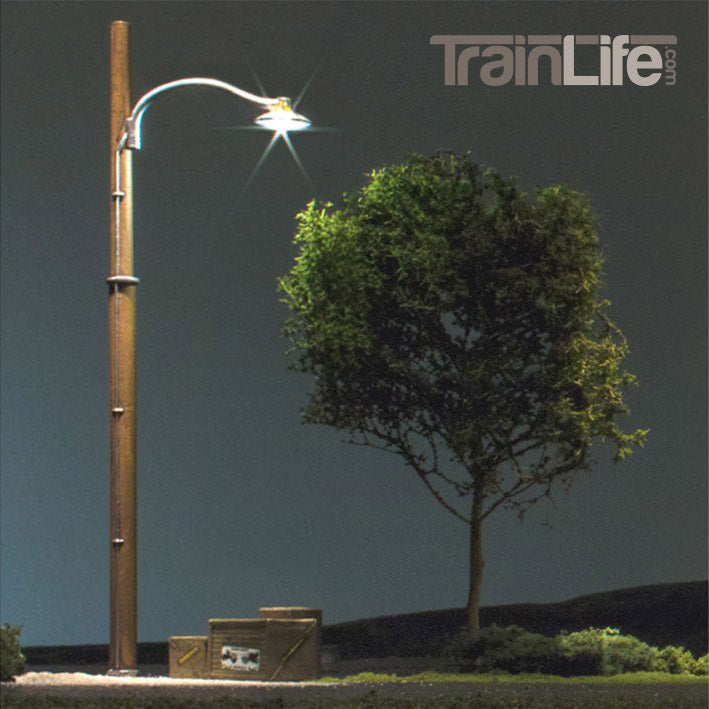 O Scale: Wooden Pole Street Lights