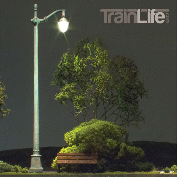 Nycrr Cast Iron Train: HO Scale: Just Plug® Arched Cast Iron Street Lights