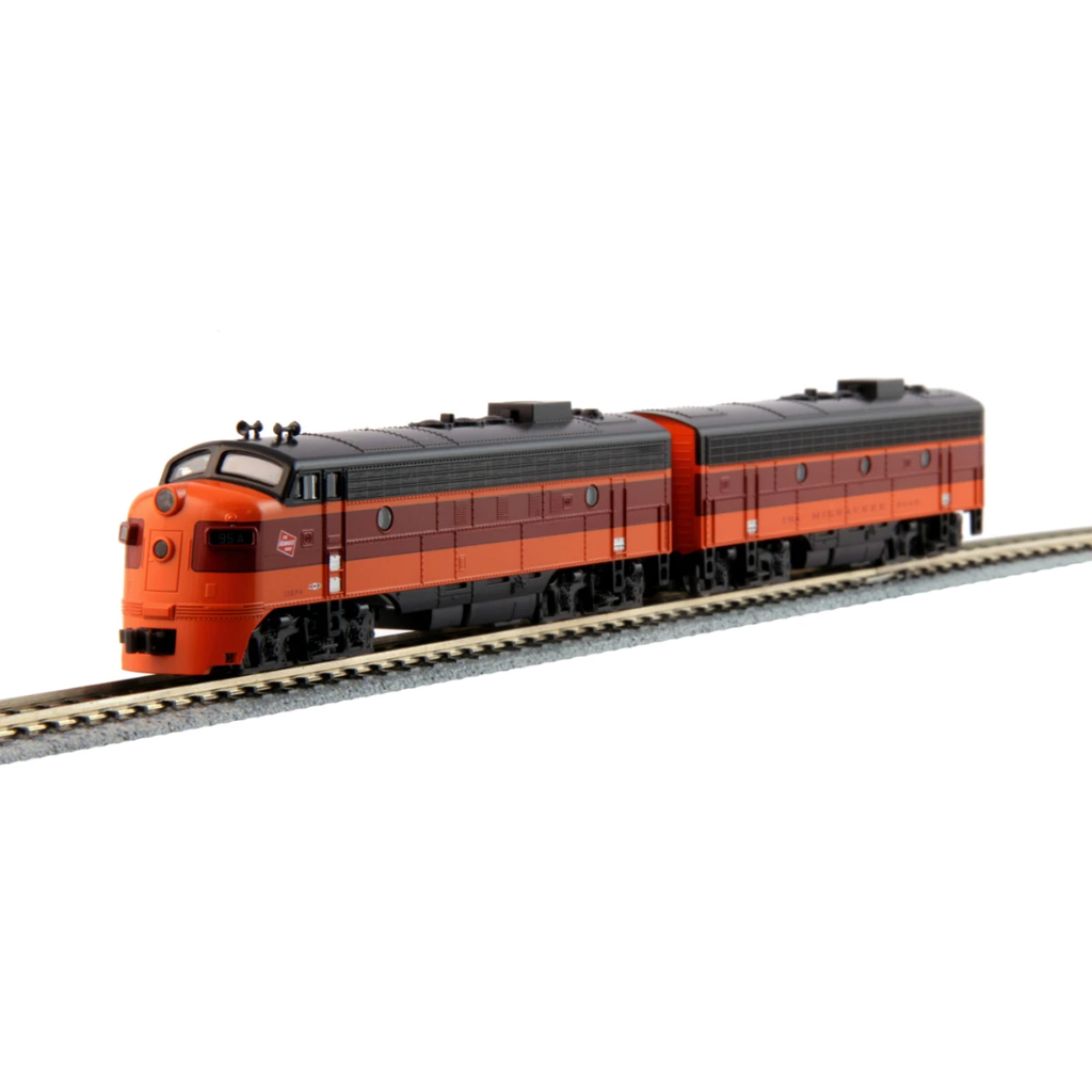 N Scale: EMD FP7A and F7B - Milwaukee Road