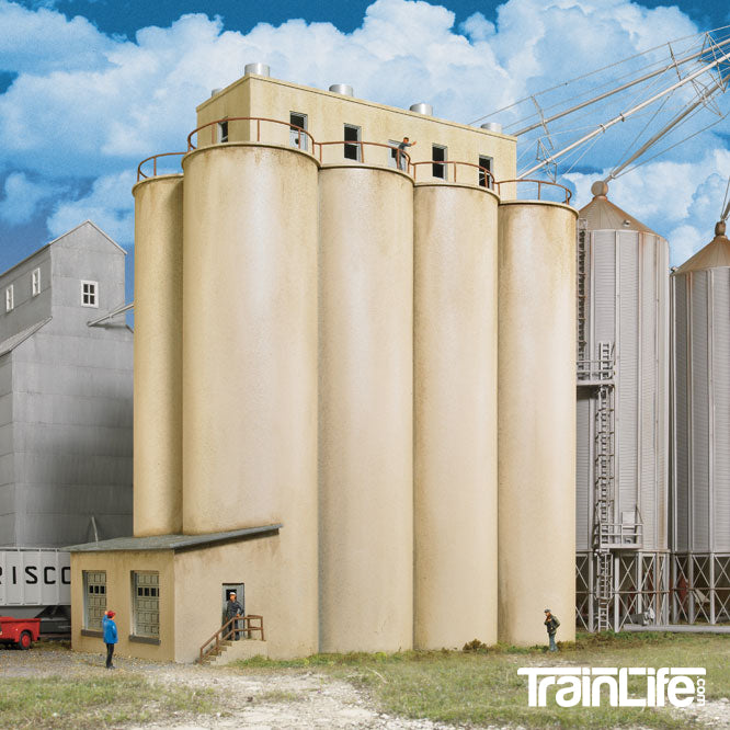 HO Scale: Modern Grain Head House w/Silos - Kit