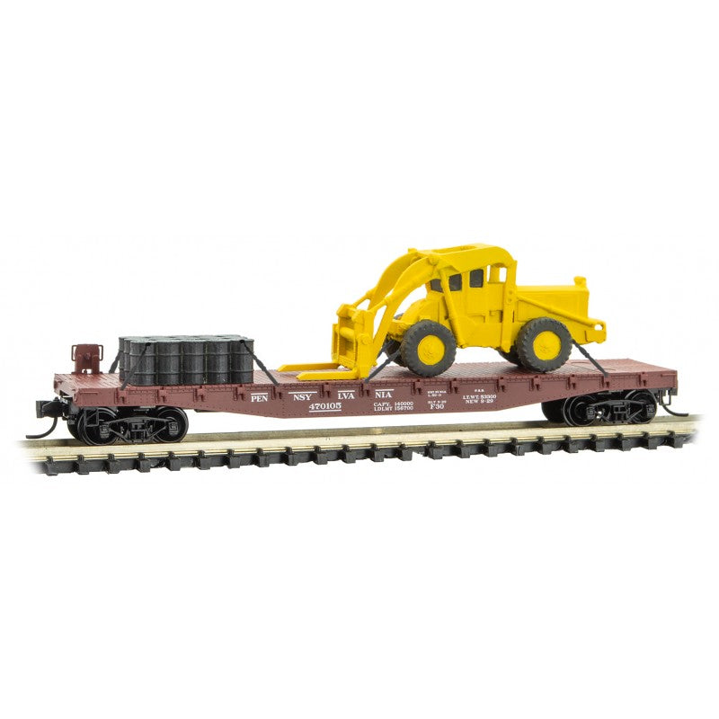 N Scale: Flat Car w/Construction Load - Pennsylvania Railroad - 3 Pack