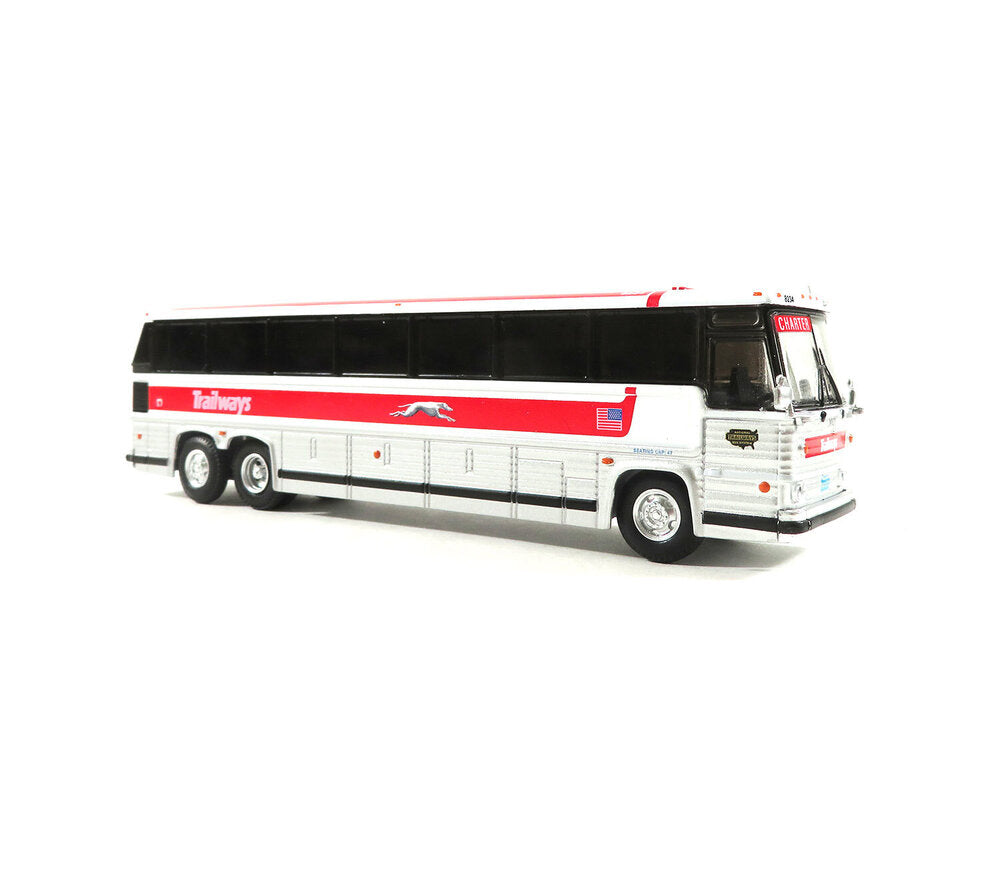 HO Scale: 1984 MCI MC-9 - Trailways