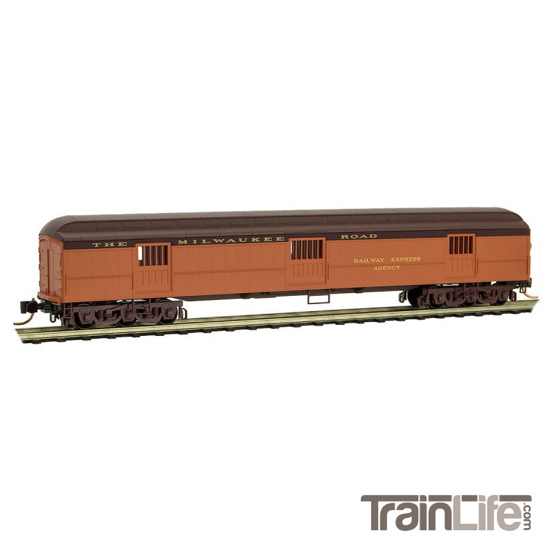 N Scale: 70' Heavyweight Horse Car - Milwaukee Road