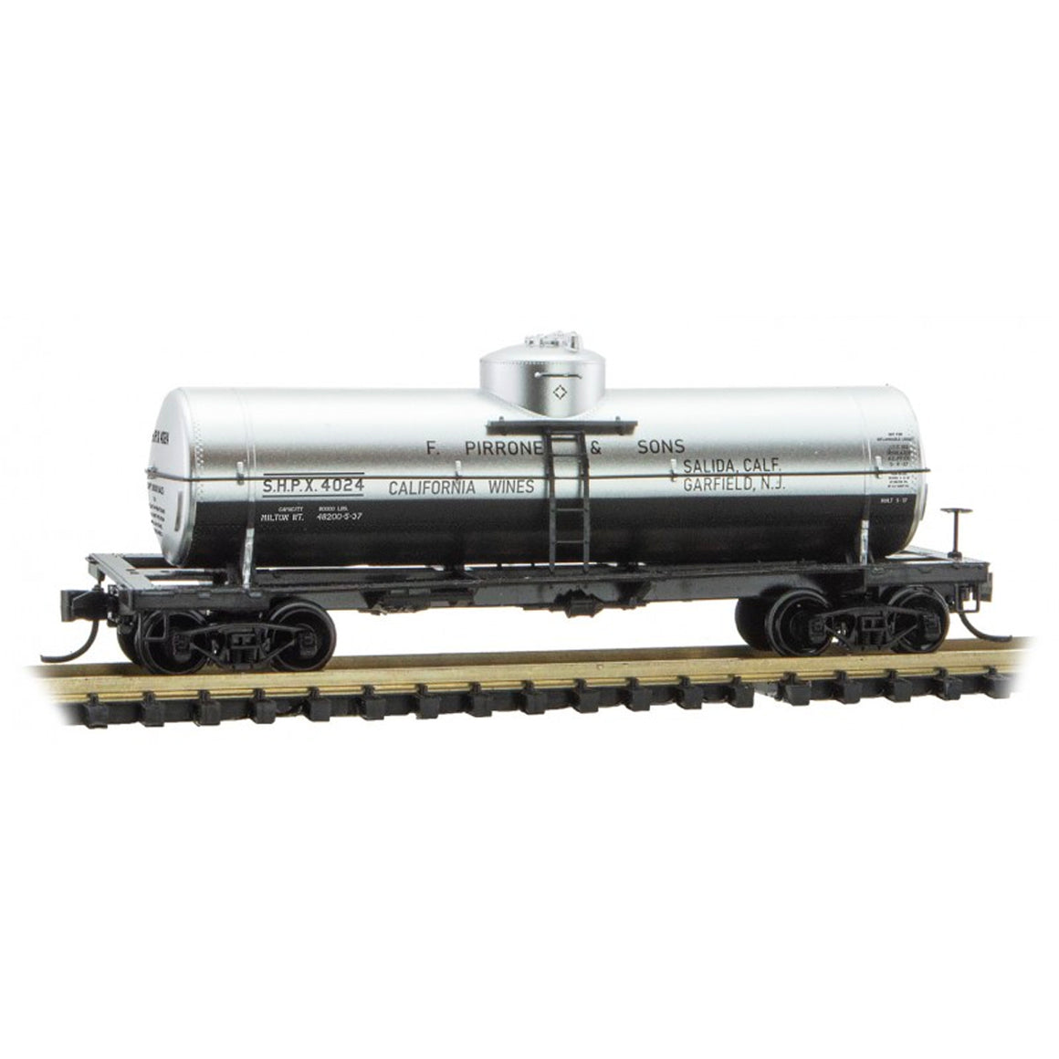 N Scale: 39' Single Dome Tank Car - SHPX 'F. Pirrone & Sons California Wines'