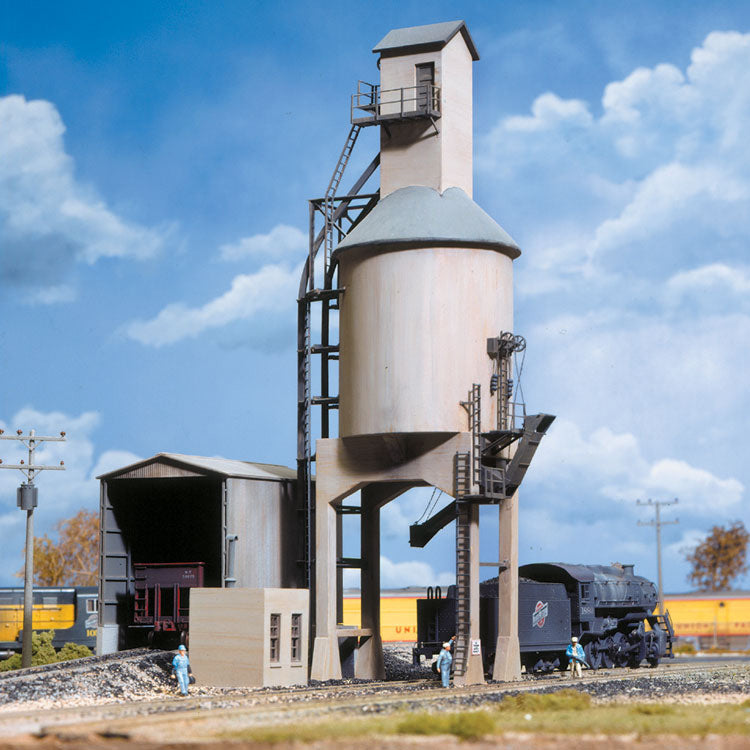 HO Scale: Concrete Coaling Tower - Kit