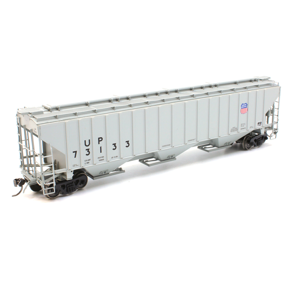 HO Scale: 4750 Cubic Foot 3-Bay Rib-Sided Covered Hopper - Union Pacific