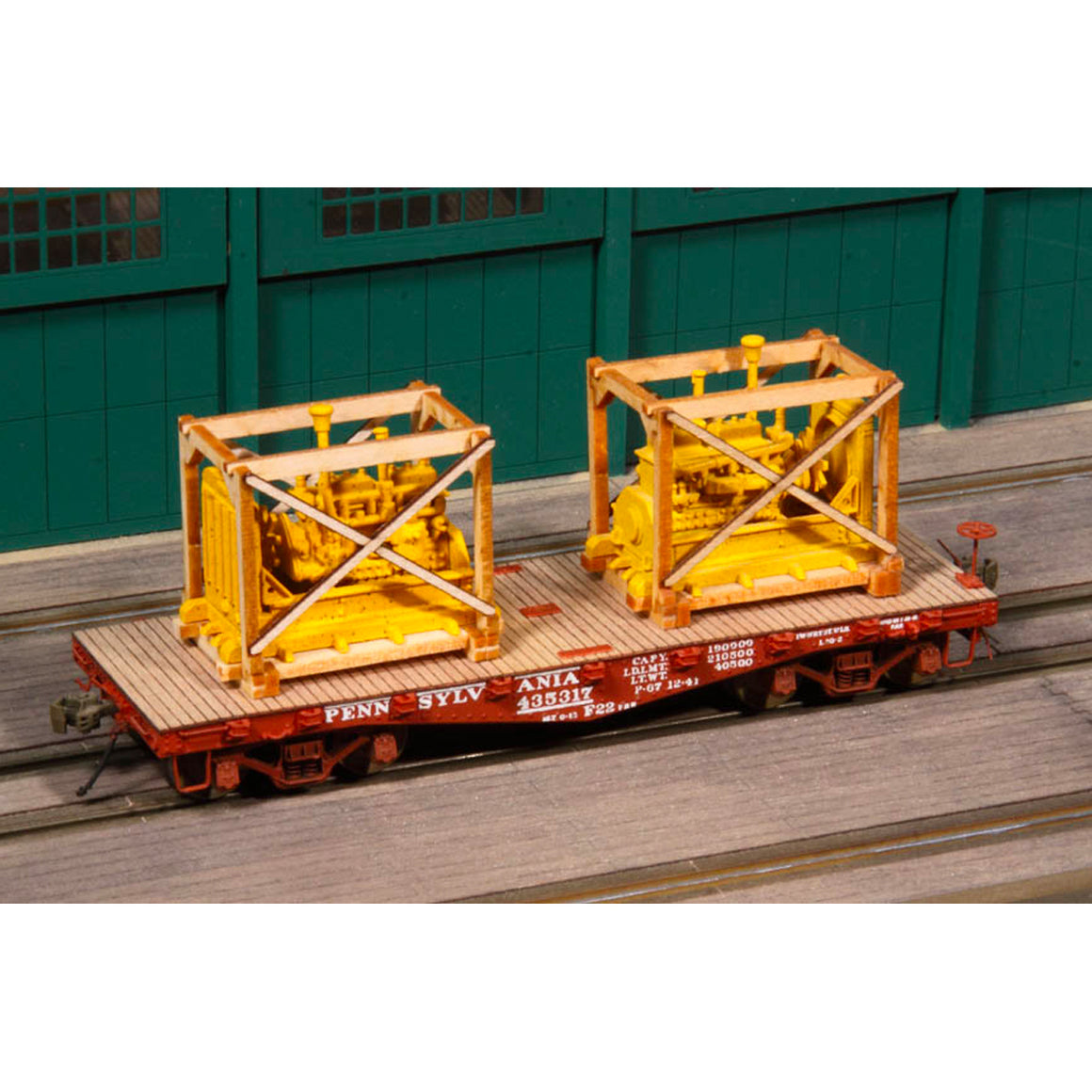 HO Scale: Crated Diesel Generator Freight Car Loads - Kit
