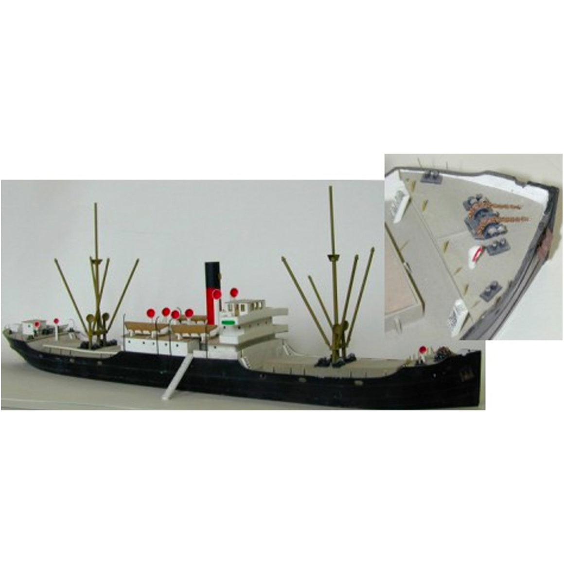 N Scale: Laker Class Tramp Steamer Ship - Kit
