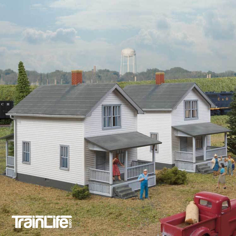 HO Scale: Company House - Kit - 2 Pack
