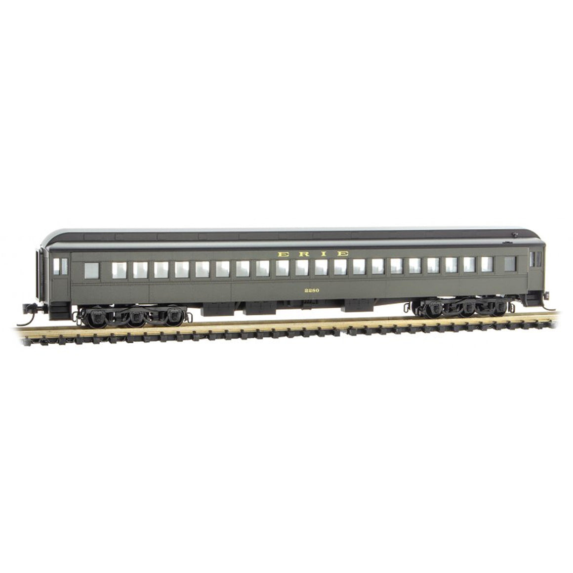 N Scale: 78' Heavyweight Single-Window Coach - Erie