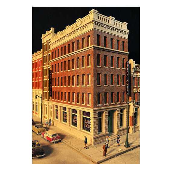 N Scale: Bates Hotel - Kit