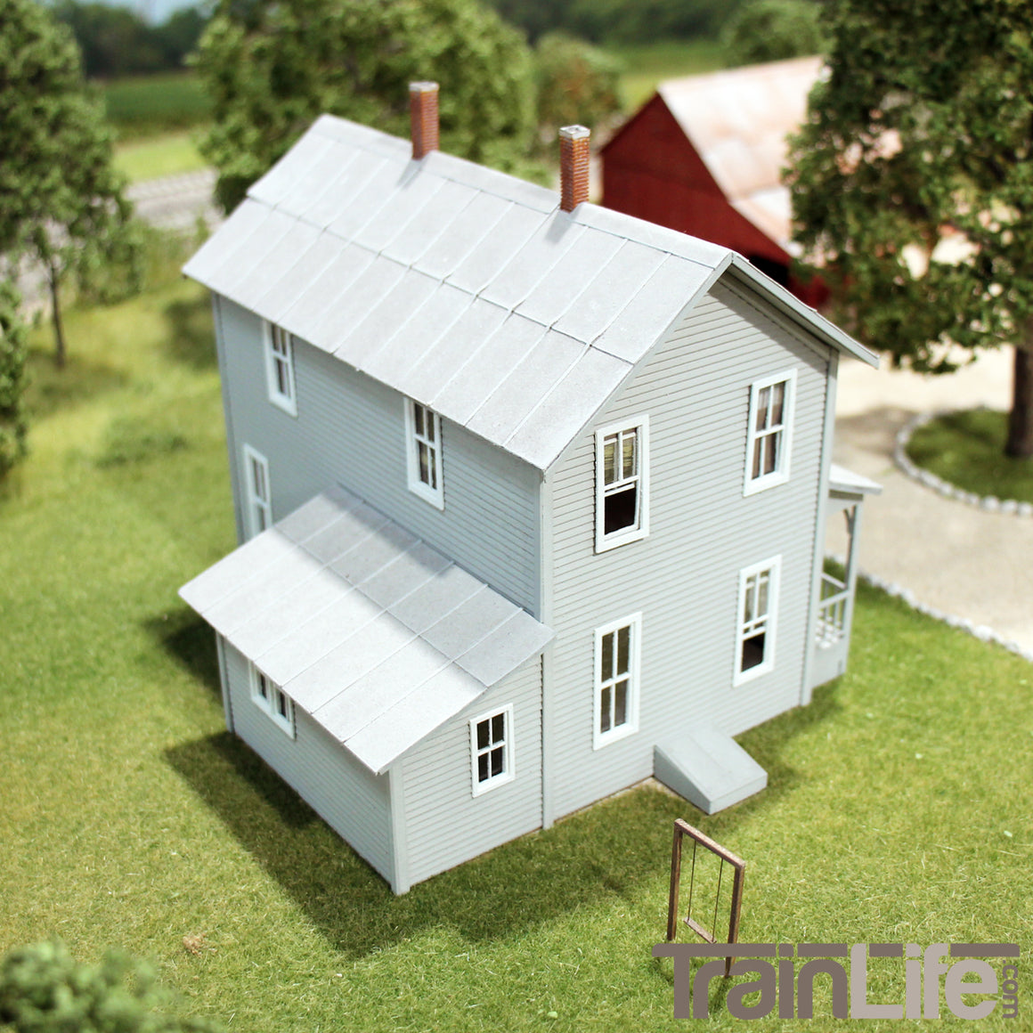 HO Scale: Two-story Farm House