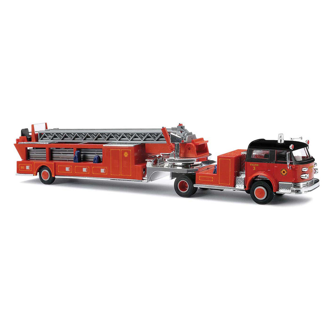 HO Scale: 1968 American-LaFrance Fire Hook and Ladder Truck