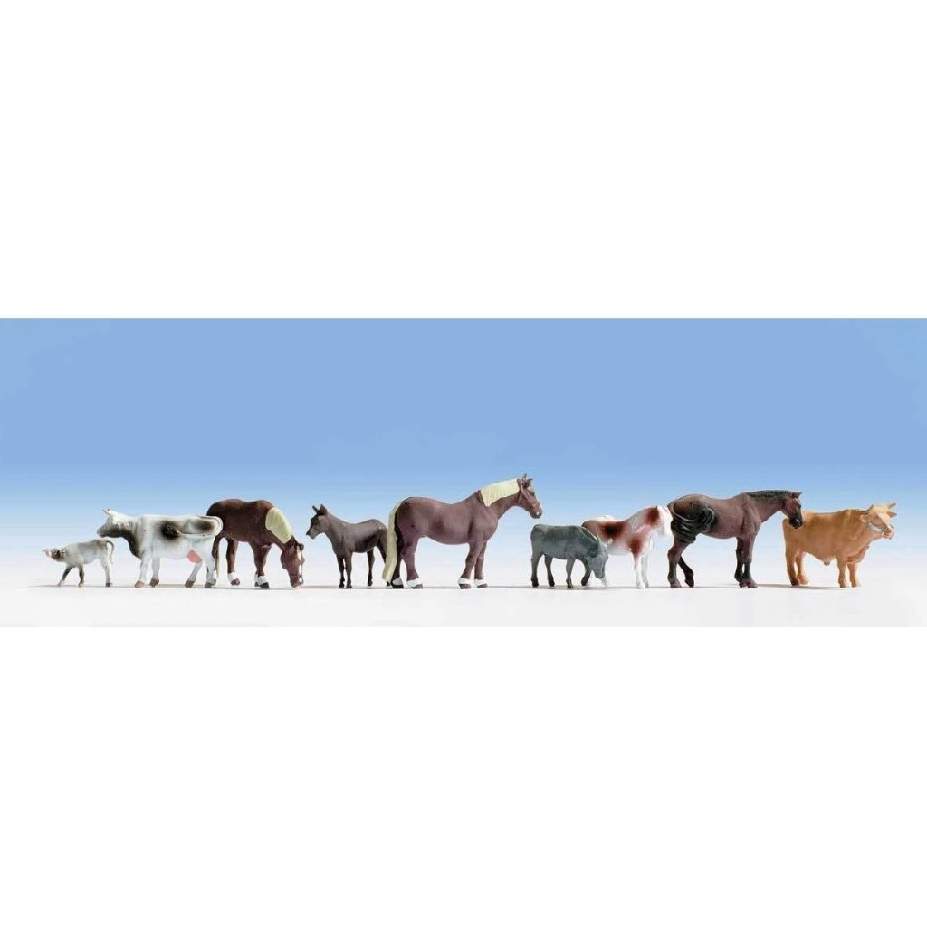 HO Scale: Large Farm Animals - Assorted Horses and Cattle - 9 Pack