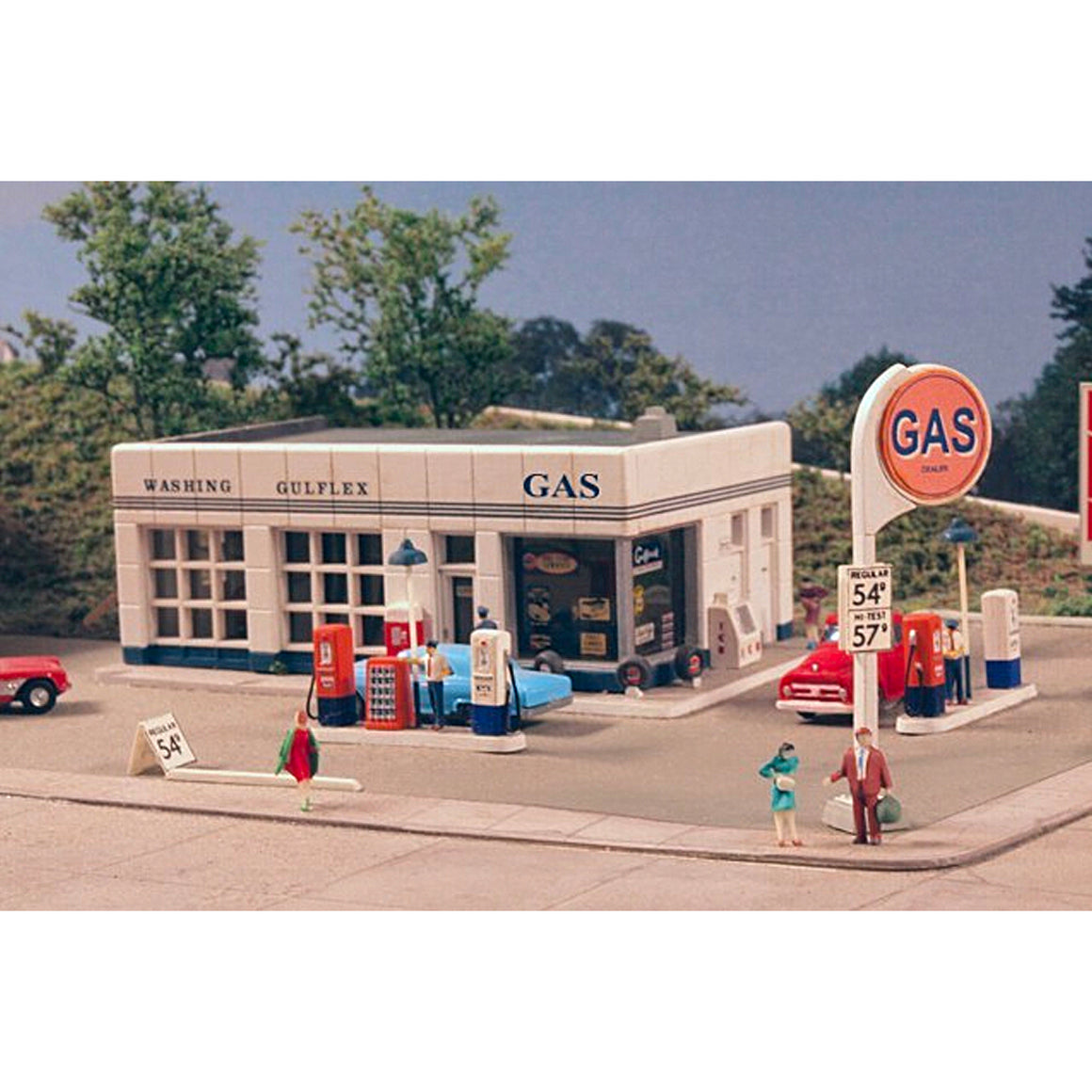N Scale: Crafton Avenue Service Station - Kit