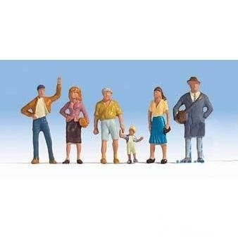 HO Scale: Pedestrians - Set #1 - 6 Pack