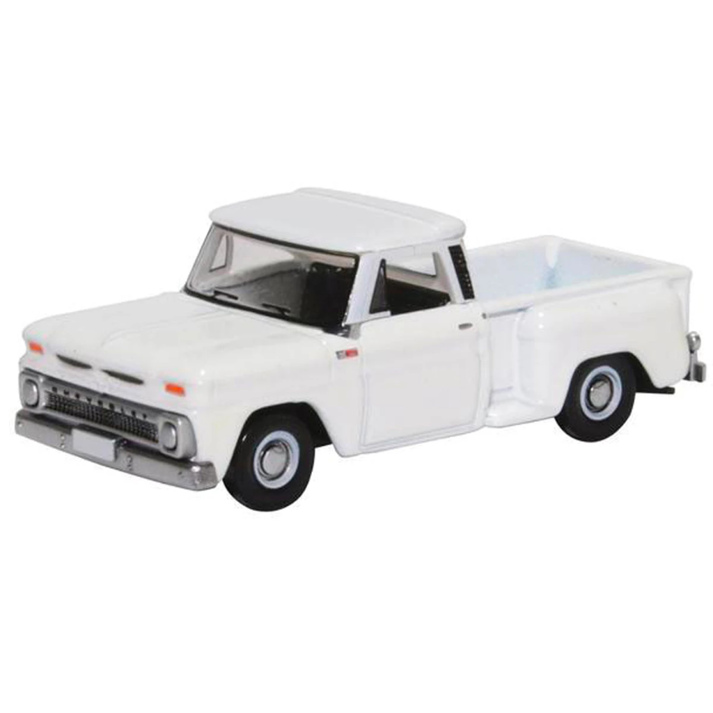 HO Scale: 1965 Chevrolet Stepside Pickup Truck - White