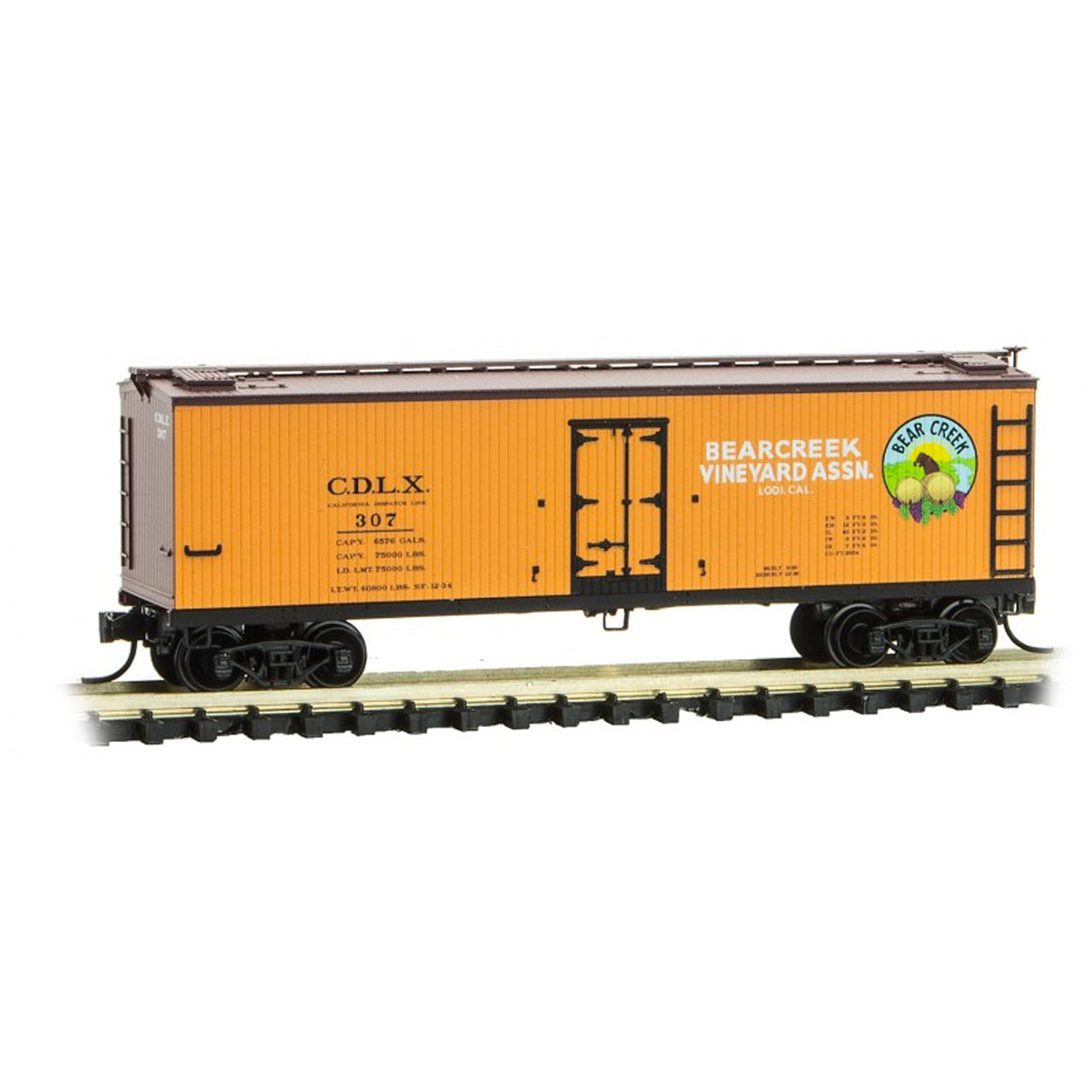 N Scale: 40' Double Sheathed Wood Reefer - Bear Creek Vinyard