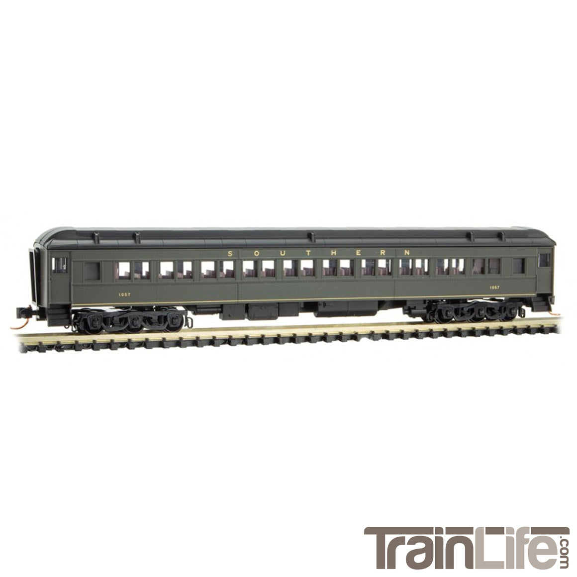 N Scale: Heavyweight Coach - Southern