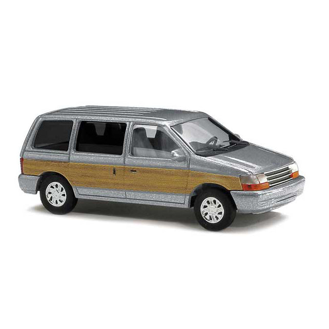 HO Scale: 1990 Plymouth Voyager Minivan - Silver w/ Wood Panels