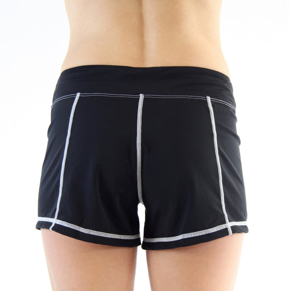 Full Short - Black/White