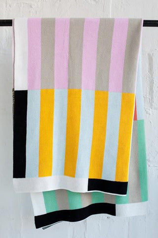 Stripes Throw || Dusen Dusen