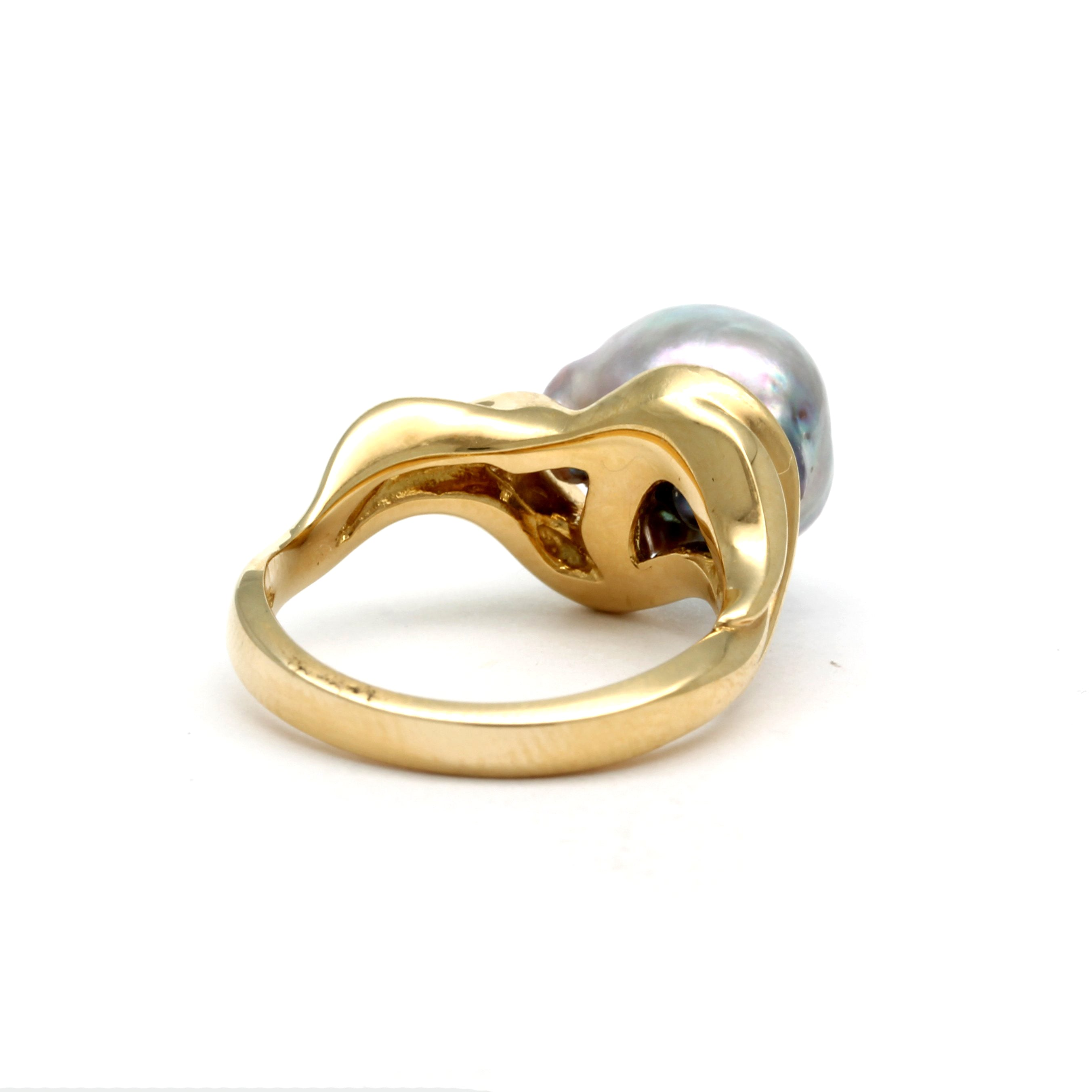 18K Gold Ring with Gem-Baroque Cortez Pearl
