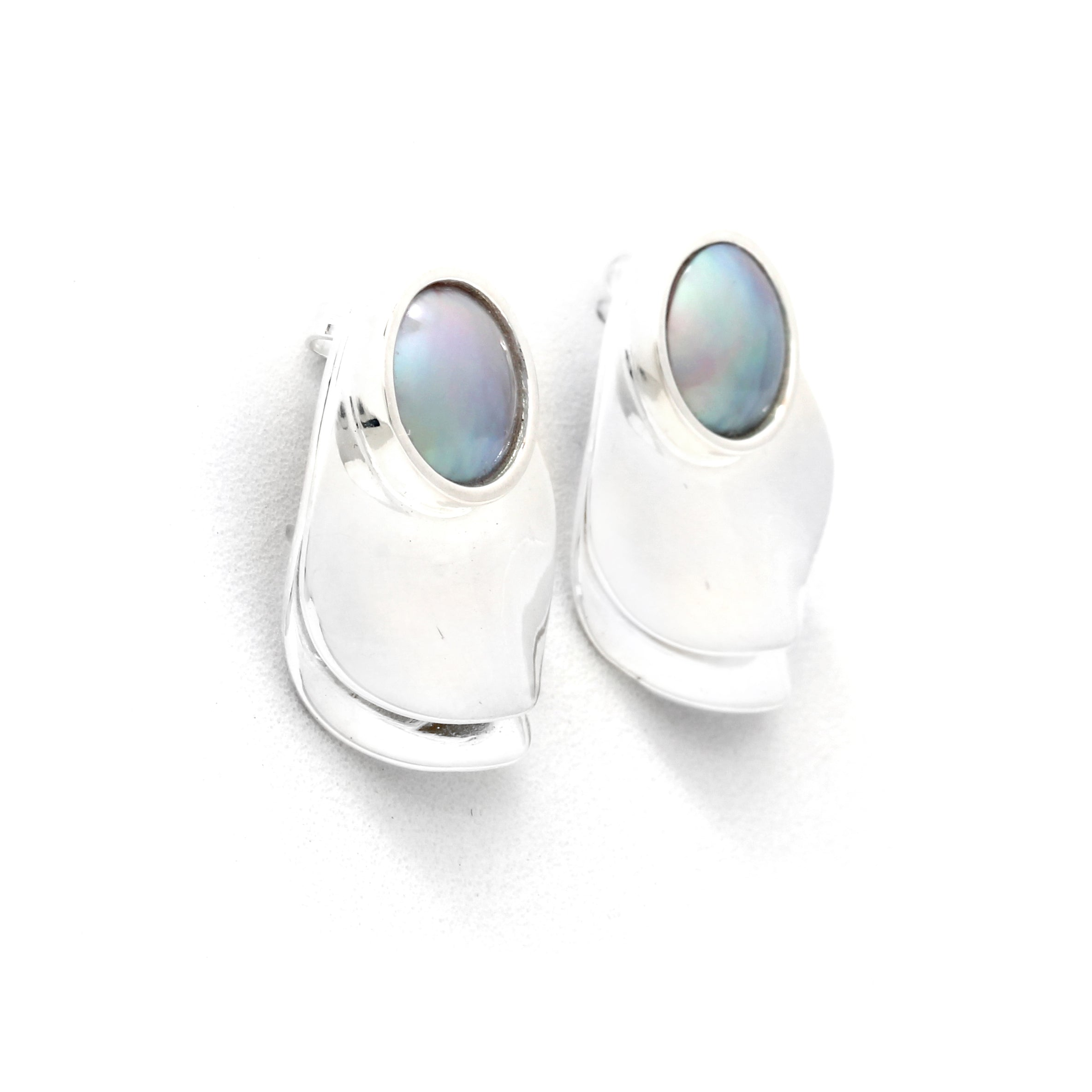 """Oyster"" Silver Earrings with Cortez Mini-Mabe Pearls By: ""Sofía Cervantes"""