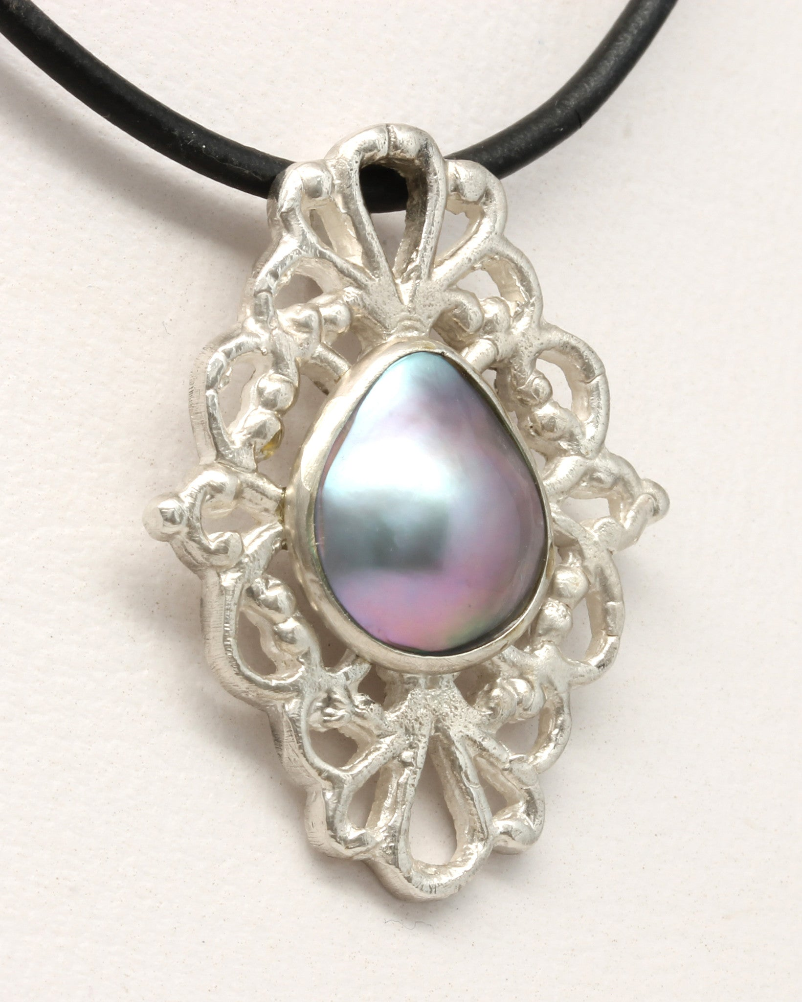 """Victorian"" Mabe Pearl Pendant by Tania María"