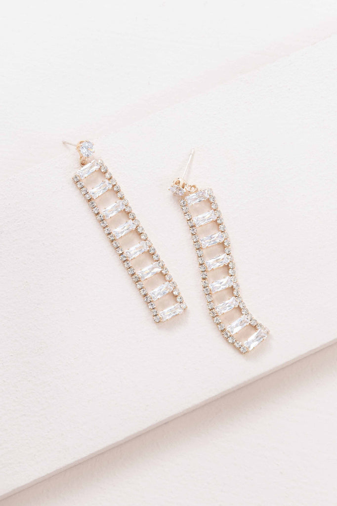 LADDER OF DIAMOND EARRINGS (14K )