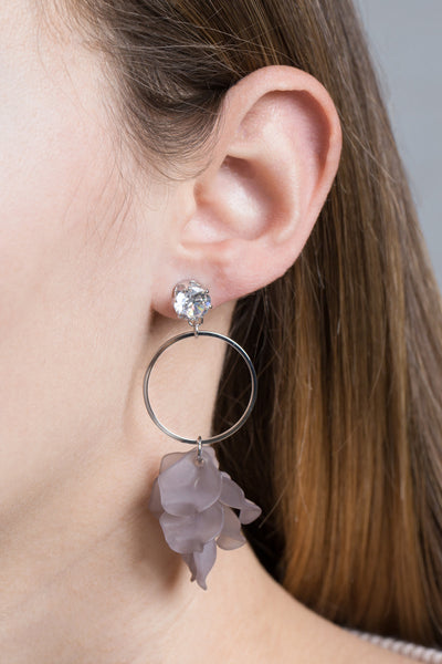 PARADISE GREY DROP EARRINGS