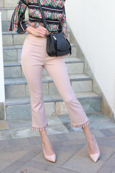 CHIC OF THE TOWN BLUSH CROP PANTS