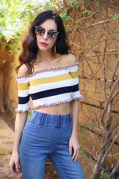 MISS CUTE OFF THE SHOULDER TOP