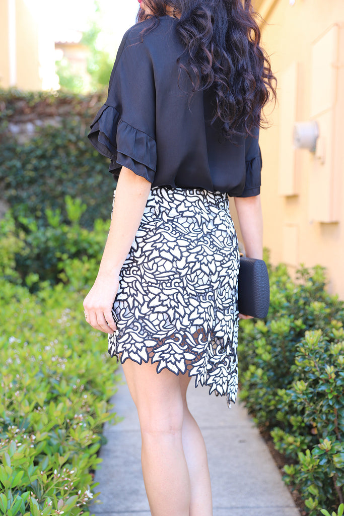 BLACK & WHITE HIGH LOW LACE SKIRT