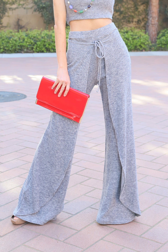 SPECTACULAR STYLE GREY PANTS