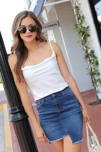 FUN AND PERFECT WHITE TOP