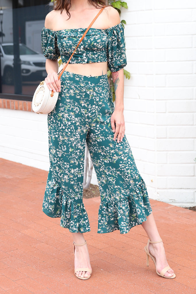 ENDLESS ELEGANCE FLORAL GREEN PANTS