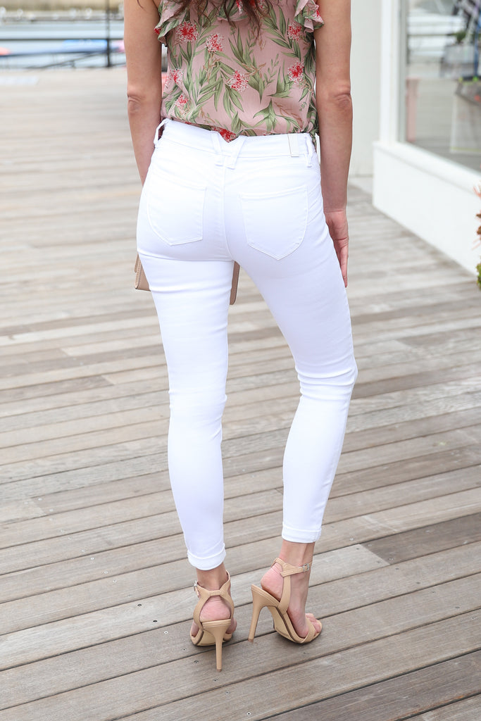 SNOW WHITE HIGH WAISTED JEANS