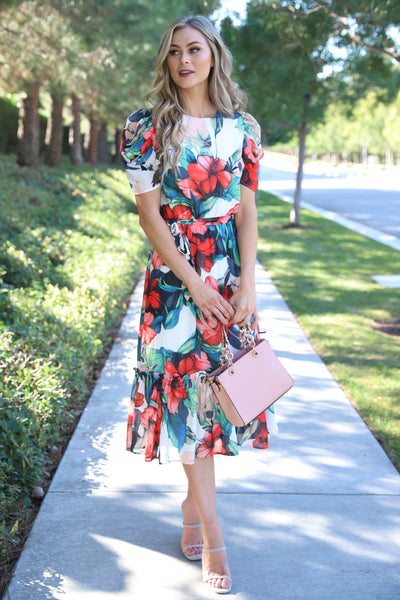 FALLING IN LOVE WHITE FLORAL DRESS