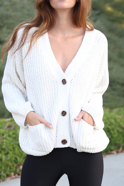 SNUGGLE CENTRAL CREAM CARDIGAN
