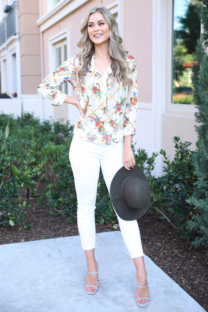 LOST IN PARADISE WHITE FLORAL TOP