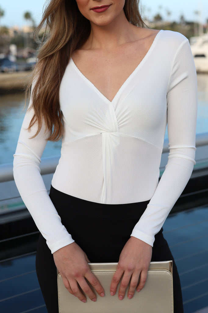 LOVINGLY WHITE LONG SLEEVES BODYSUIT