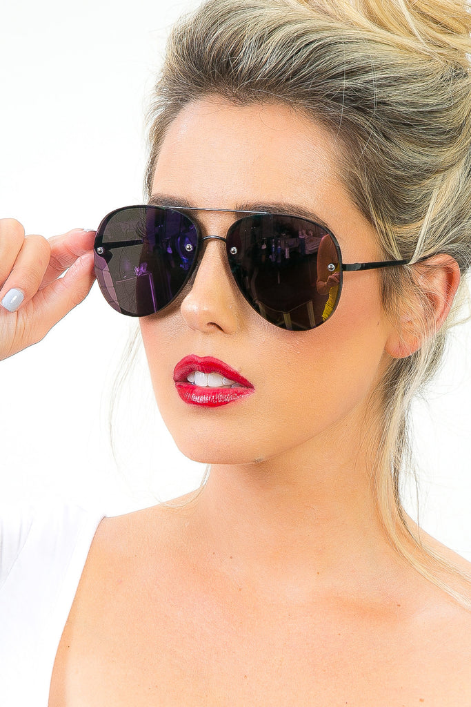 Los Cabos Reflective Sunglasses in Purple