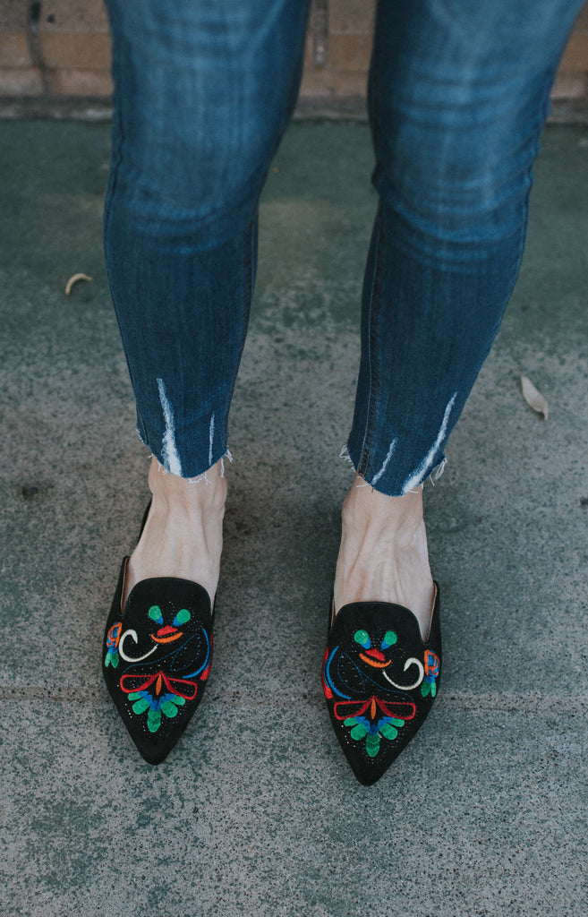 DALILEH BLACK VELVET PRINT LOAFER SLIDES